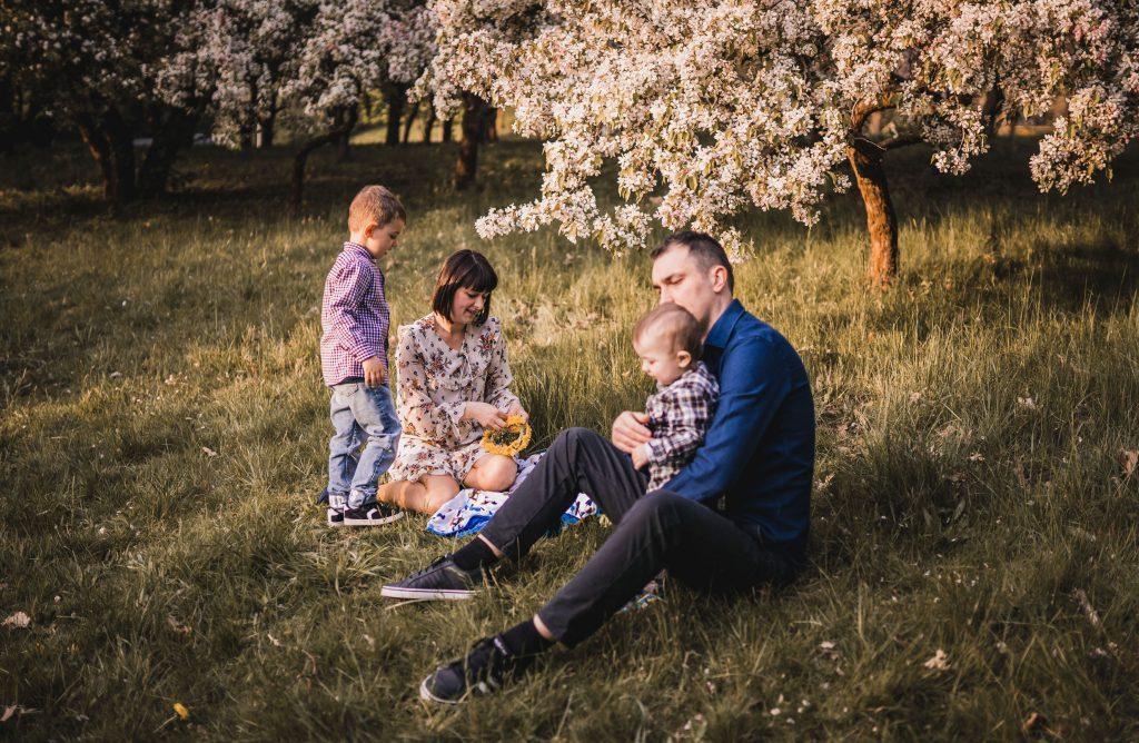 piknik rodzinny w plenerze