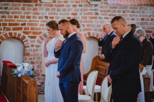 modlitwa, para młoda, ślub , mielno koszalin, fotograf, barbara rompska