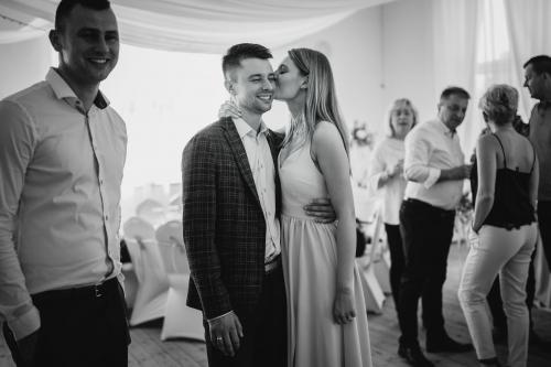 fotograf koszalin sławno barbara rompska, wesele na sali wiejskiej w Sławsku
