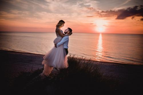 fotograf sławno Suknia ślubna: Salon mody ślubnej Madonna w Gdyni