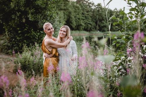 sesja w polnych kwiatach jezioro wyszebórz