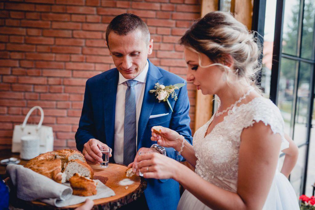 rustykalny ślub cywilny Ranczo Panderossa, fotograf ślubny Szczecinek Koszalin, Gwda Wielka