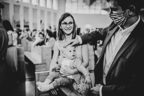 Chrzest sw , fotograf Barbara Rompska , Koszalin Gdańsk znak krzyża